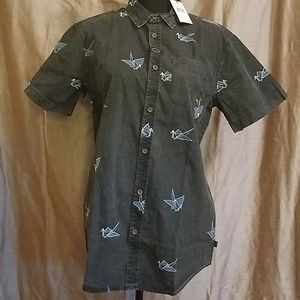 NWT Globe button down